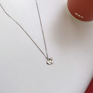 몬디 necklace